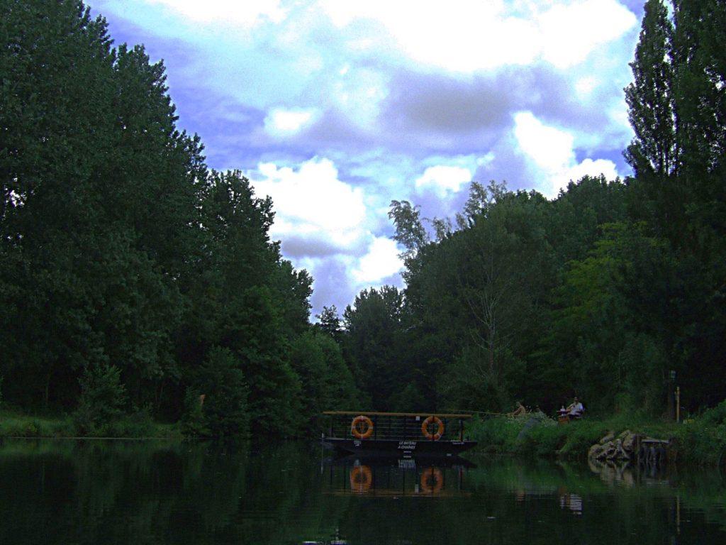 La barque à chaîne de Magné