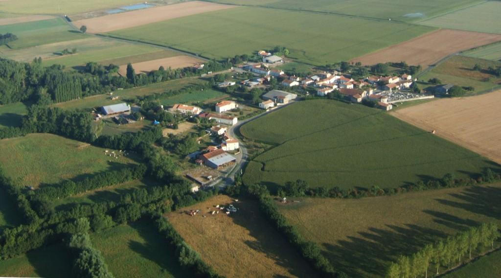 vue aérienne sur Chalais